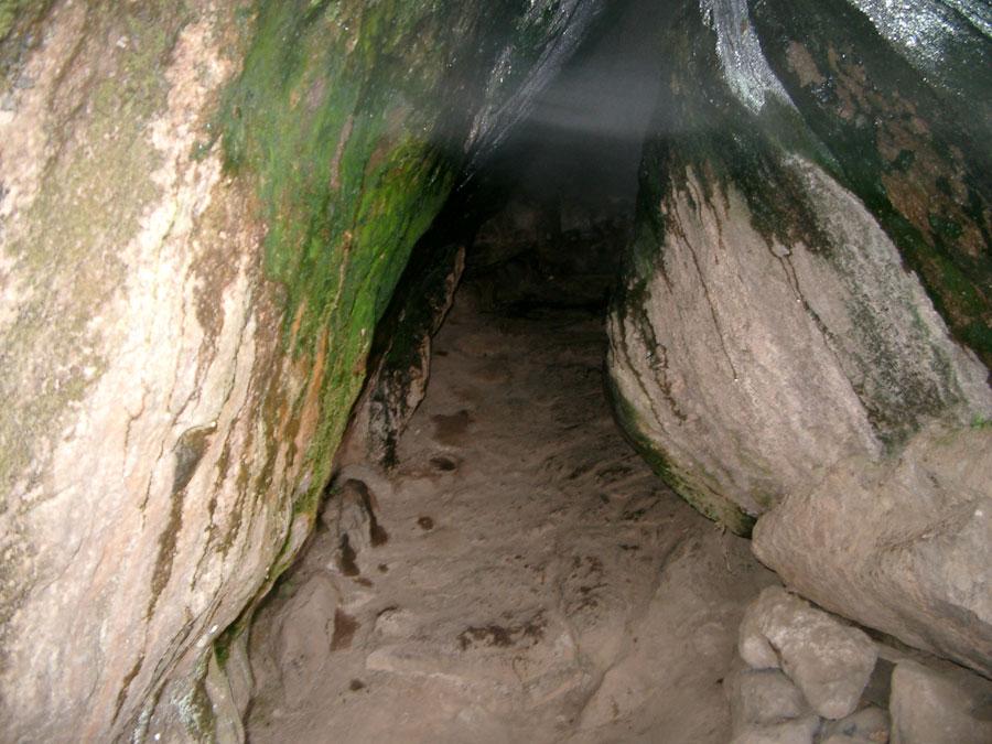 Sauna naturale di Pantelleria - Grotta di Benikulà
