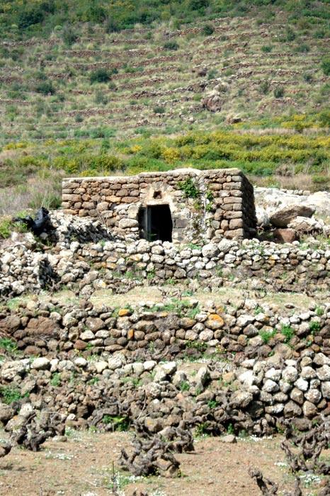 Dammuso e terreno in vendita - Coste di Ghirlanda