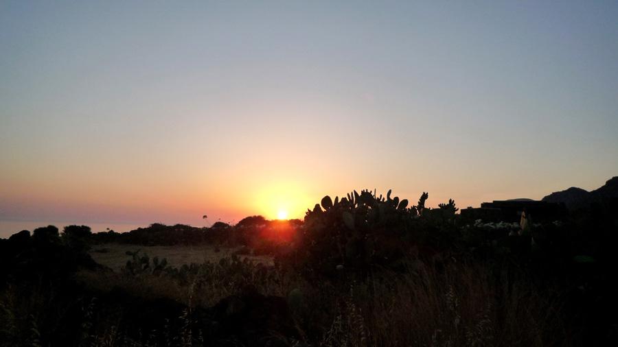 Il tramonto visto a Giugno.